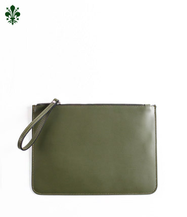 TOTUM . CLUTCH BAG (OLIVE)